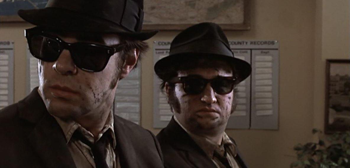 Die Blues Brothers Elwood (Dan Aykroyd) und Jake (John Belushi)